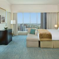 The Ritz-Carlton Dubai International Financial Centre Guestroom
