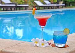 La Tradition d'Angkor Boutique Resort - เสียมเรียบ - สระว่ายน้ำ