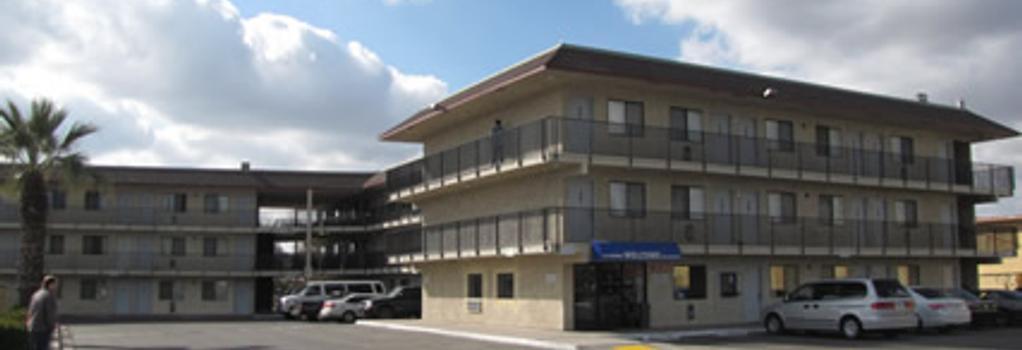 Valley Inn Fresno - Fresno - Building
