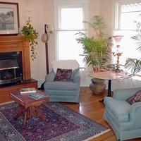 Walnut Street Inn Living Room