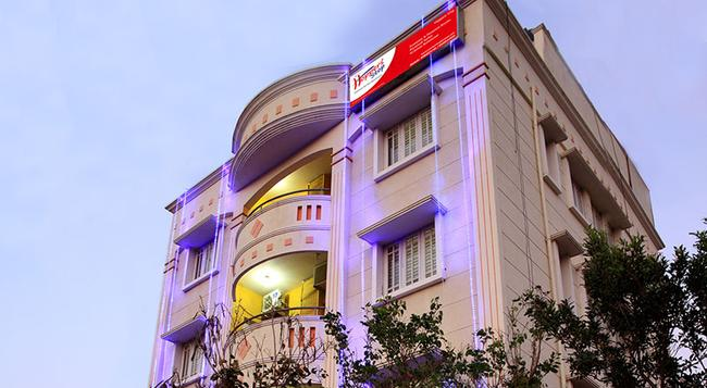 Hoppers Stop - Yelahanka - Bangalore - Building