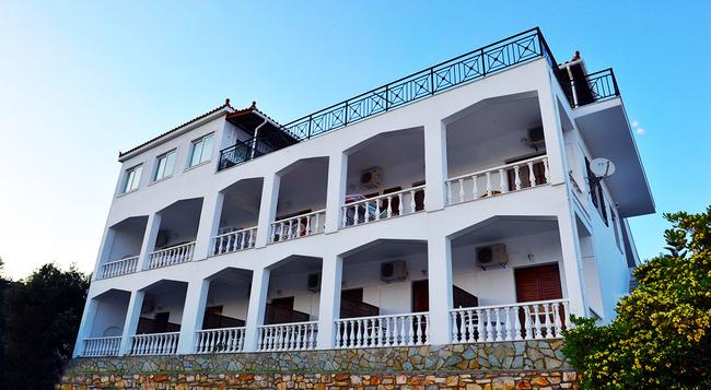 Blue Bay Skiathos - Skiathos - Building