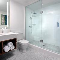 The Walper Hotel Bathroom