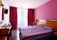 Hotel Don Juan Tossa - ทอสซา เด มาร์ - ห้องนอน