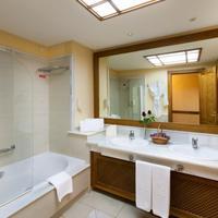 Costa Adeje Gran Hotel Bathroom