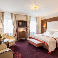 Hotel Stefanie Guestroom