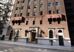 Pod 39 - นิวยอร์ก - อาคาร