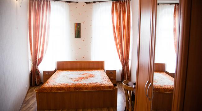 Mini Hotel Petropavlovsky - Saint Petersburg - Bedroom