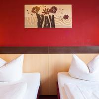 A&O Berlin Kolumbus Guestroom