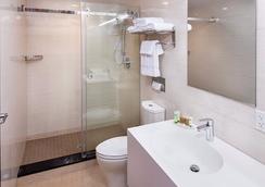 Jaslin Hotel - ชิคาโก - ห้องน้ำ