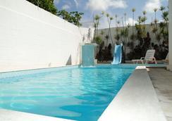 Hostel Gaivotas - นาตาล - สระว่ายน้ำ