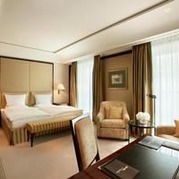 Hotel Adlon Kempinski Executive Double Room
