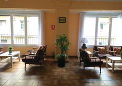 Hostal Valls - บาร์เซโลน่า - ห้องนั่งเล่น