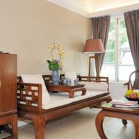 Heritage Lodge Living Area