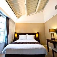 Heritage Lodge Guestroom