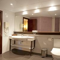 Hotel Bernat II Bathroom