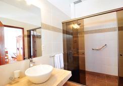 Posada Del Virrey - Colonia - ห้องน้ำ
