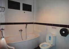 El Hacienda Homestead - หัวหิน - ห้องน้ำ