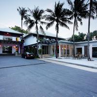 Ramada Phuket Southsea Hotel Entrance