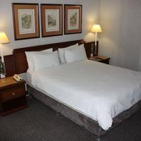 Hotel on St Georges Guestroom