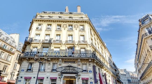 Normandy Hotel - Paris - Building