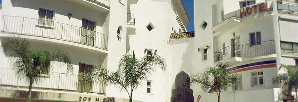 Hotel Kristal - Torremolinos - Building