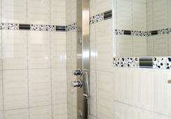 Inka's Tambo Hotel - ซัสโก - ห้องน้ำ