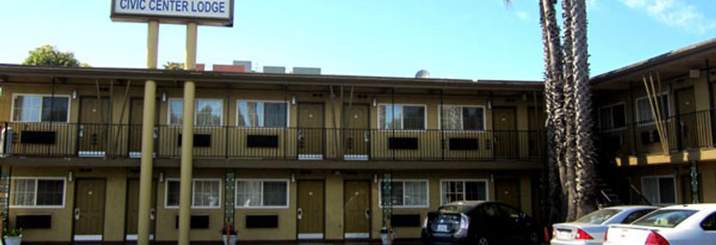 CIVIC Center Lodge - Oakland - Building