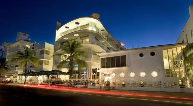 Oceandrivevr Suites - Miami Beach - Building