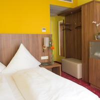 Hotel Schlicker Guestroom