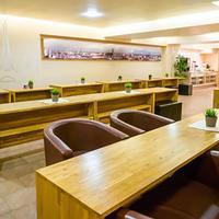 Smart Stay Hostel Munich City Breakfast Area