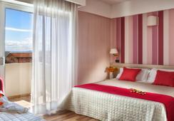 Hotel Villa Bianca - ริมินี - ห้องนอน