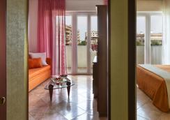 Suite Hotel Parioli - ริมินี - ห้องนอน