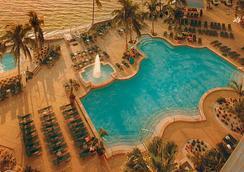 Sanibel Harbour Marriott Resort & Spa - ฟอร์ท ไมเออร์ - สระว่ายน้ำ