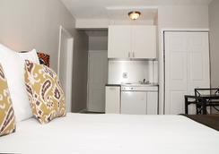 Hotel18 - ไมอามีบีช - ห้องนอน