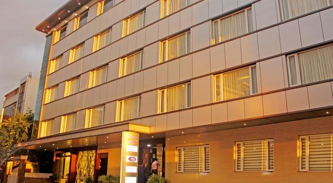 Rio The Hotel - Bangalore - Building