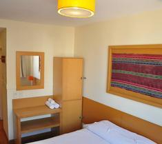 Circus Hotel & Hostel