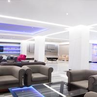 Hotel Torre Del Mar Lobby Sitting Area