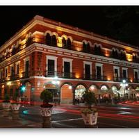 Hotel Del Portal Featured Image