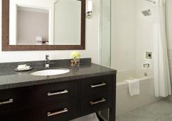Victorian Hotel - แวนคูเวอร์ - ห้องน้ำ