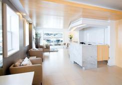 Ocean Reef Suites - ไมอามีบีช - ล็อบบี้