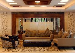 Oz Hotels Antalya Hotel Resort & Spa - อันตัลยา - ล็อบบี้