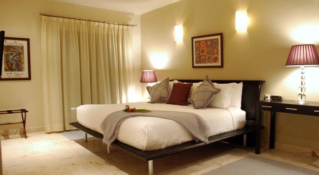 El Taj Oceanfront & Beachside Condo Hotel - Playa del Carmen - Bedroom