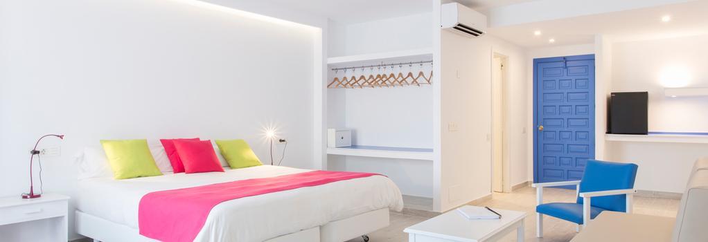 Hotel Guya Wave - Cala Ratjada - Bedroom