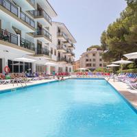 Hotel Guya Wave Outdoor Pool