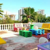 Kukulcan Hostel & Friends Featured Image
