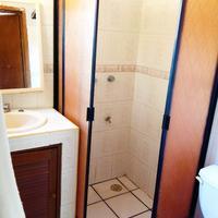 Kukulcan Hostel & Friends Bathroom