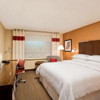 Four Points by Sheraton Williston Guestroom