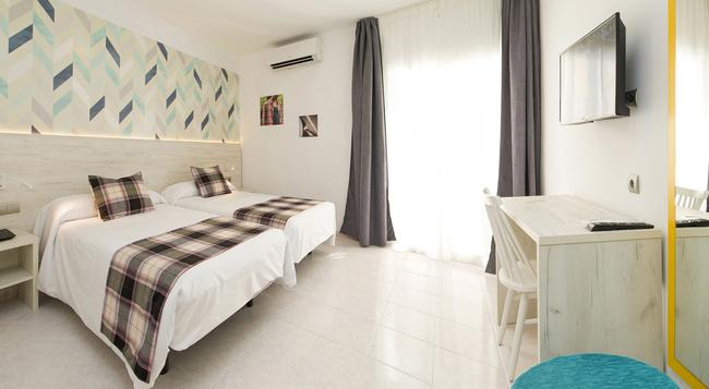 Lei Ibz Hotel - Ibiza - Bedroom