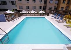 Hotel Astoria Copacabana - รีโอเดจาเนโร - สระว่ายน้ำ